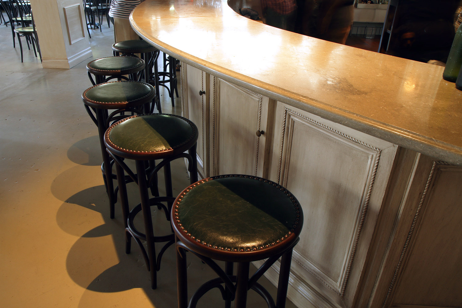 Hatchet Hall Oyster Bar seating